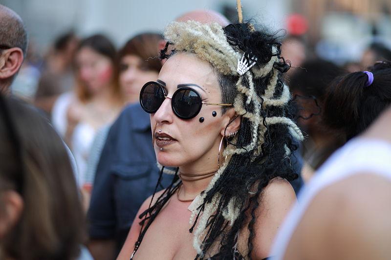 File:Bologna Pride 2015 (19027373898).jpg
