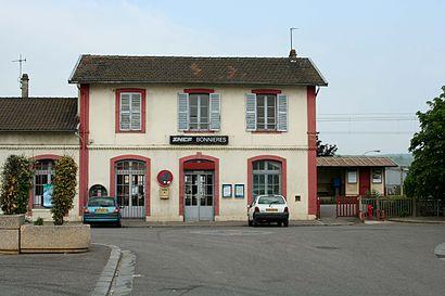 Come arrivare a Gare de Bonnières con i mezzi pubblici - Informazioni sul luogo