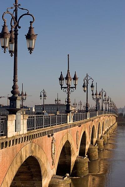File:Bordeaux Pont de Pierre.jpg