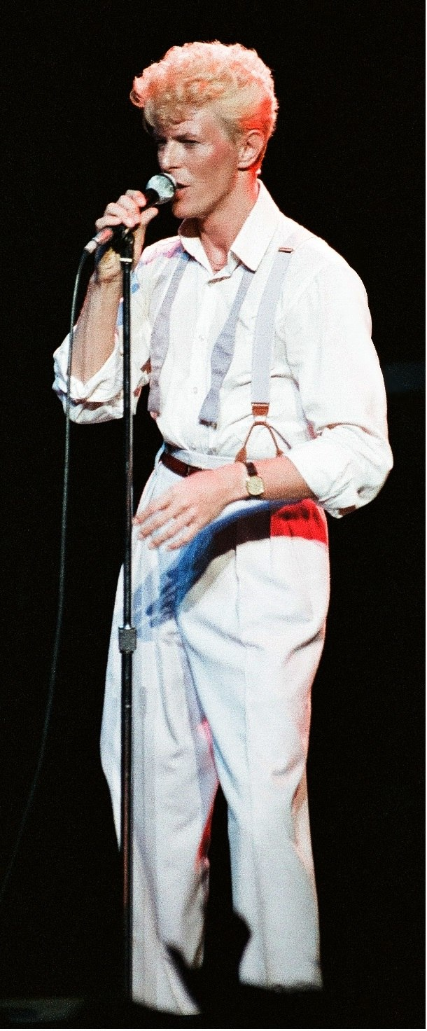 Bowie 1983 serious moonlight