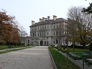 The Breakers - View of The Breakers from the front drive