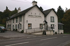 Bridge of Cally Hotel - geograph.org.uk - 1011302.jpg