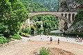 Bridge over the Tarn river in Saint-Chely-du-Tarn.jpg