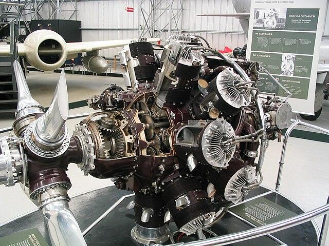 Avro Tudor 640px-Bristol-hercules_east-fortune