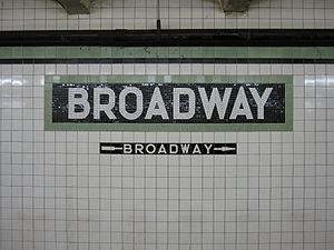 "Broadway (IND Crosstown Line) - ""Broadway"" mosaic"