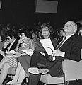 Buitengewoon congres PvdA in Den Haag Ien van de Heuv en Liesbeth en Joop den , Bestanddeelnr 929-4254.jpg