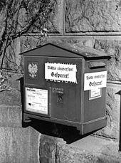 ef8cc8f727d468 Skrzynka pocztowa podczas niemieckiej okupacji w Poznaniu