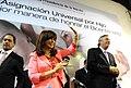 CFK y las tarjetas de la Asignación Universal por Hijo.jpg