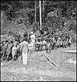 CH-NB - Belgisch-Kongo, Lisala- Alltagsszene - Annemarie Schwarzenbach - SLA-Schwarzenbach-A-5-25-101.jpg
