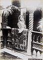 COLLECTIE TROPENMUSEUM Fathma bij haar thuis te Algiers TMnr 60022198.jpg