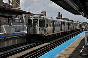 Ravenswood branch - A Brown Line train at Montrose
