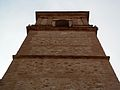 Campanar de l'església de sant Vicent màrtir de Benimàmet des de baix.JPG