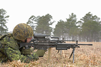 C79 optical sight - Canadian soldiers training with C9A1 light machine guns equipped with a C79