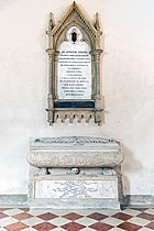 Cathedral (Vicenza) - Interior - Monument to Antonio Loschi.jpg