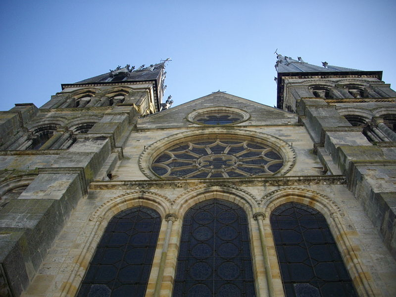 Notre-Dame-en-Vaux collegiate church in Châlons-en-Champagne (Marne, France) : facade on Our Lady quay