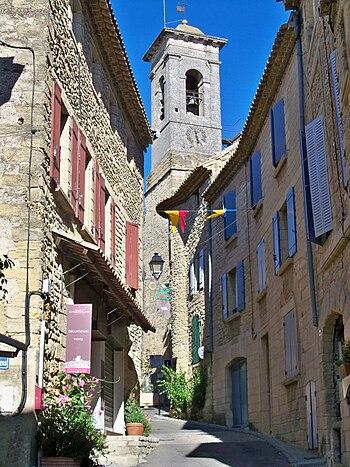 Français : Clocher de l'église de Chateauneuf ...