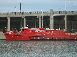 Victor L. Schlaeger (fireboat) - Chicago fire boat Victor L. Schlaeger