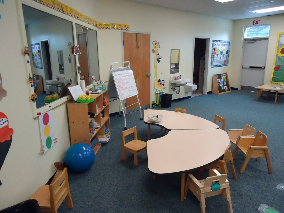 File:Childrens learning area at Summit Speech School.jpg - Wikipedia