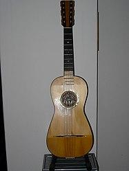Chitarra batente (2).jpg