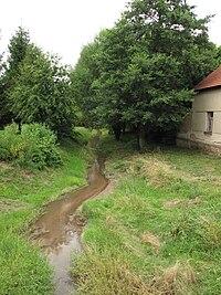 Chotýšský potok v Kšelech.JPG