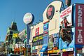 Clifton Hill Attractions, 2017.jpg