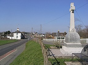 Closeburn War Memorial - geograph.org.uk - 376709.jpg