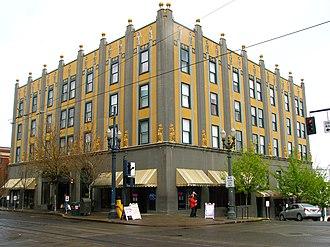 Commodore Hotel (Portland, Oregon) - Image: Commodore Hotel 2 Portland Oregon