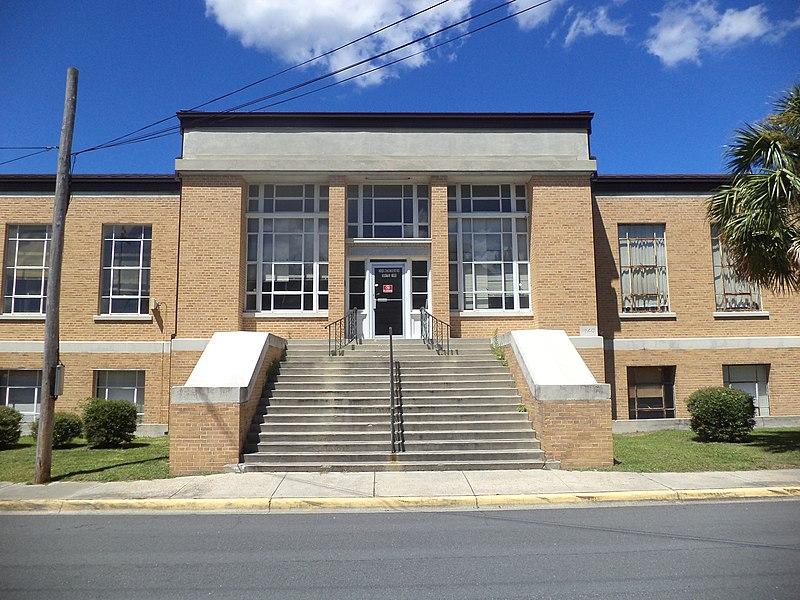 File:County Veterans Service Office (East face).JPG