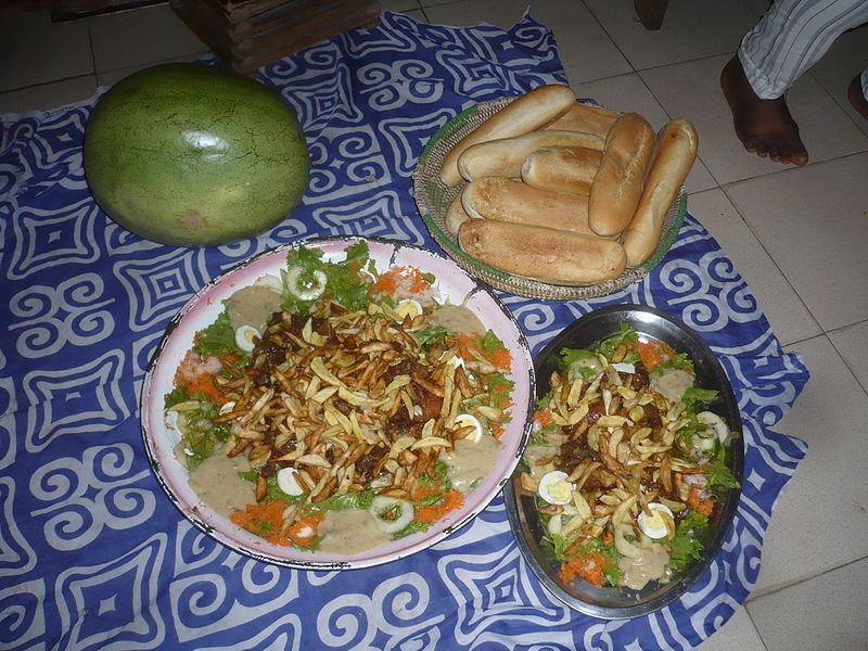 File cuisine moderne s n galaise jpg wikimedia commons for Cuisine senegalaise