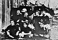 Détolle André en équipe de foot de l'AEC en 1899.JPG