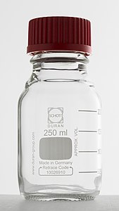 DURAN® laboratory bottle 250ml.jpg