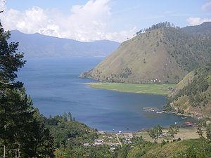 Danau Laut Tawar.jpg