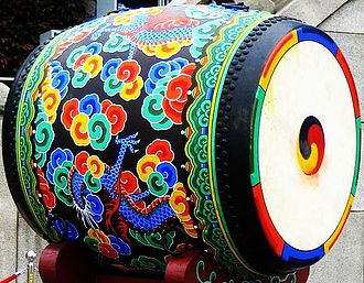 Culture of South Korea - Large drum with Dancheong decorative painting