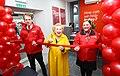 Denise Robertson opens Durham railway station information office 2.jpg