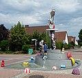 Der HaRiBo (Jahrmarktsbrunnen mit Elementen eines Bonner Unternehmens) - panoramio.jpg