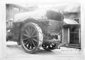 Der Saurer Lastwagen mit riesigen Hinterrädern - CH-BAR - 3241604.tif