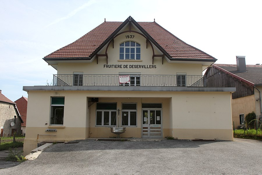 L'ancienne fruitière à comté de Déservillers (Doubs).