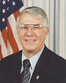 Don Manzullo Official Portrait.jpg
