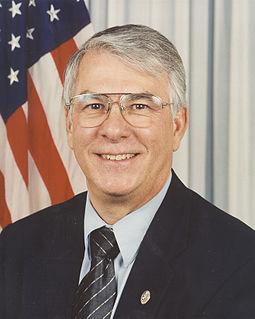 Don Manzullo American politician