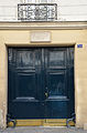 Doorway of 31, rue de Seine, Paris 6.jpg