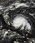 Kasırga Dorian 1 Eylül'de Abaco Adaları üzerinden üst yoğunluğa yaklaşan