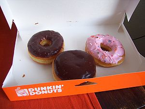 English: Various donuts from the Dunkin' Donut...