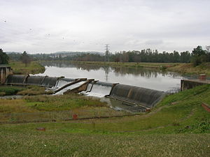 Msunduzi River - The weir creating the Camps Drift section of the Msunduzi, in Pietermaritzburg. This dammed section is used for canoe and rowing practice, and is the starting point of the Dusi Canoe Marathon.