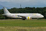 EC-JTQ Airbus A320-214 A320 - VLG (28386022400).jpg