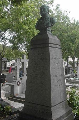 Émile Egger - Egger's gravesite in Paris