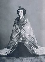 Empress Teimei at enthronement in 1912.jpg