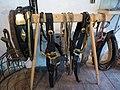 Engelhartszell Hufschmiedemuseum - Schmiede 9a Pferdegeschirr.jpg