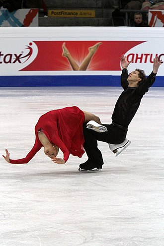 Ekaterina Bobrova - Bobrova and Soloviev perform their free dance at the 2011 Europeans