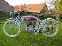 De Amerikaanse Excelsior Single Speed uit 1914 had - uiteraard - een v-twin-motor