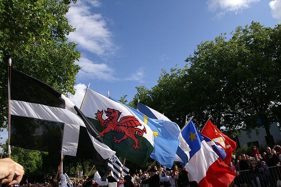 Drapeaux des nations celtes.